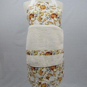 Apron with detachable towel